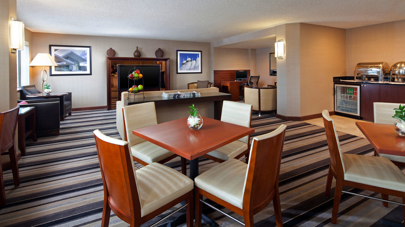 Sheraton Club Room | Sheraton Denver Tech Center Hotel