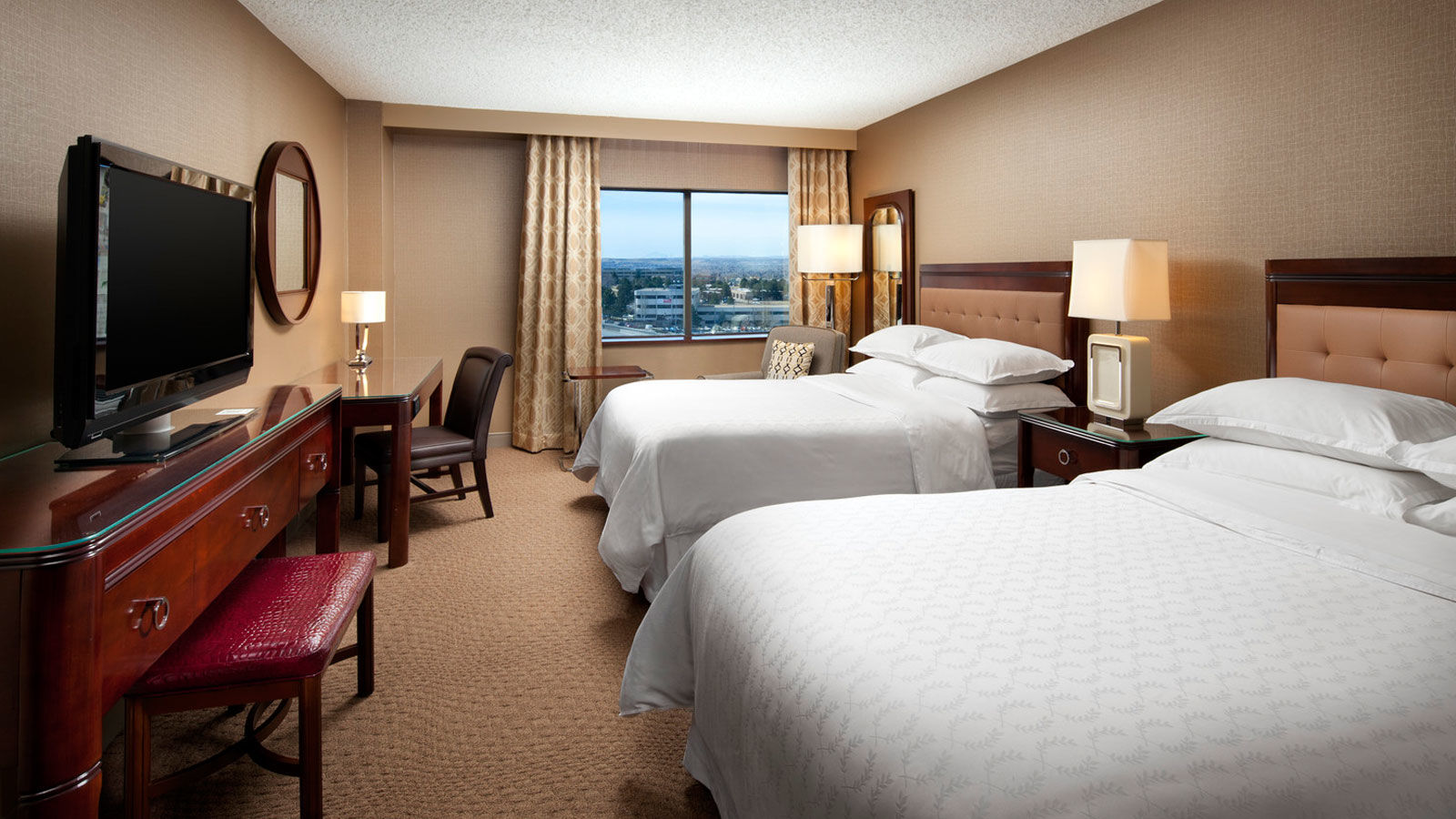 Deluxe Room | The Sheraton Denver Tech Center Hotel